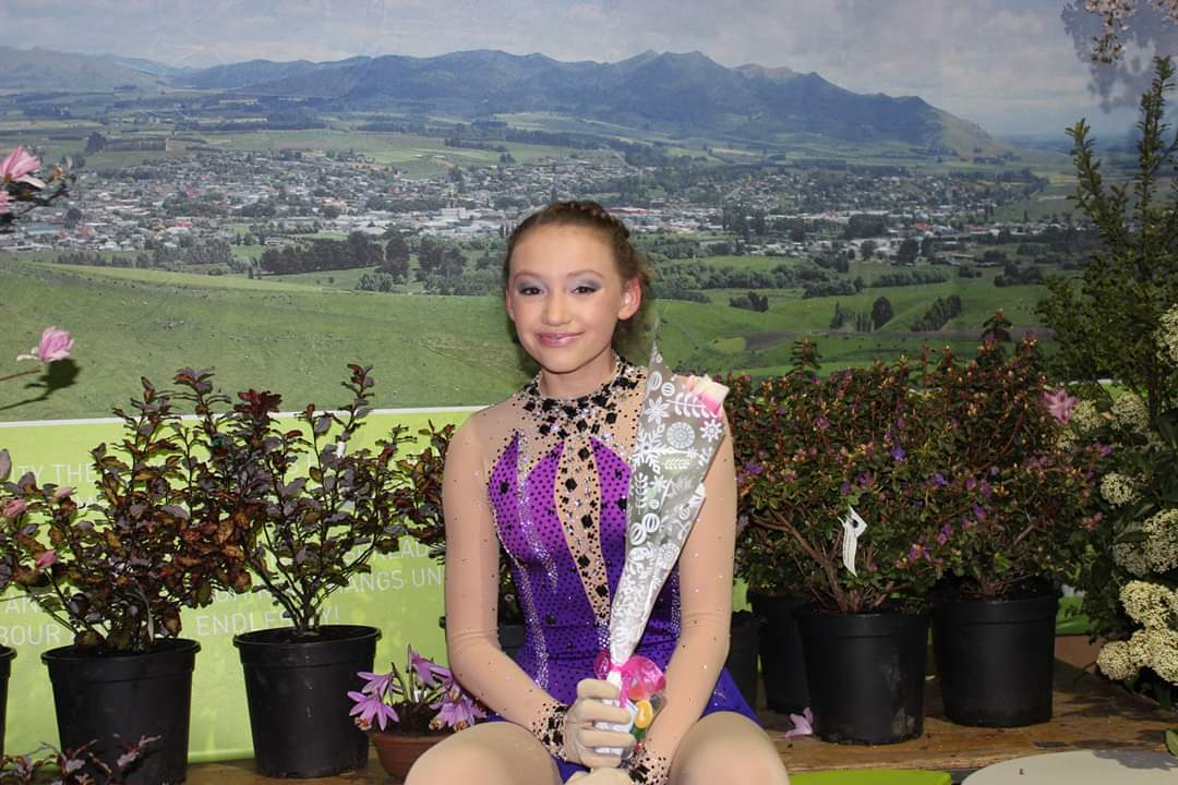 Isla wins New Zealand National Skating Title